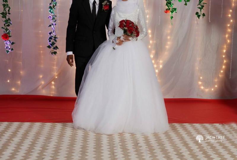 beautiful-brides-wear-big-0