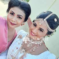 prabhashneela-beauty-salon-big-0