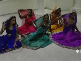 Nruthyanjali Dancing