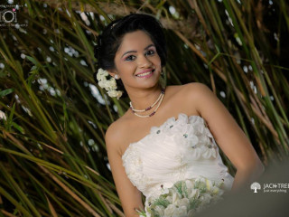 Miracles Salon- Bridal Designers