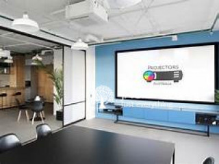 Professional Office Projector with Screen