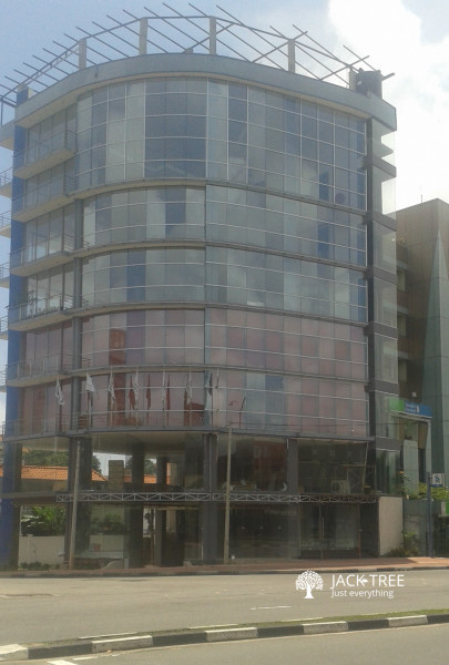 westin-tower-prime-commercial-space-facing-parliament-road-big-0
