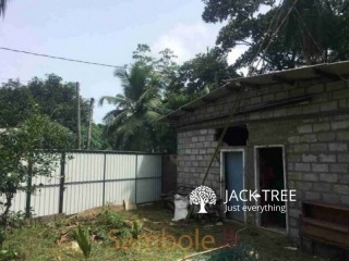 Land for sale in Kesbawa   කෑස්බෑව නගරයෙන් ඉඩමක් විකිණීමට ඇත