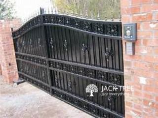 Gates and steel doors ගේට්ටුව සහ ස්ටීල් දොරටුව