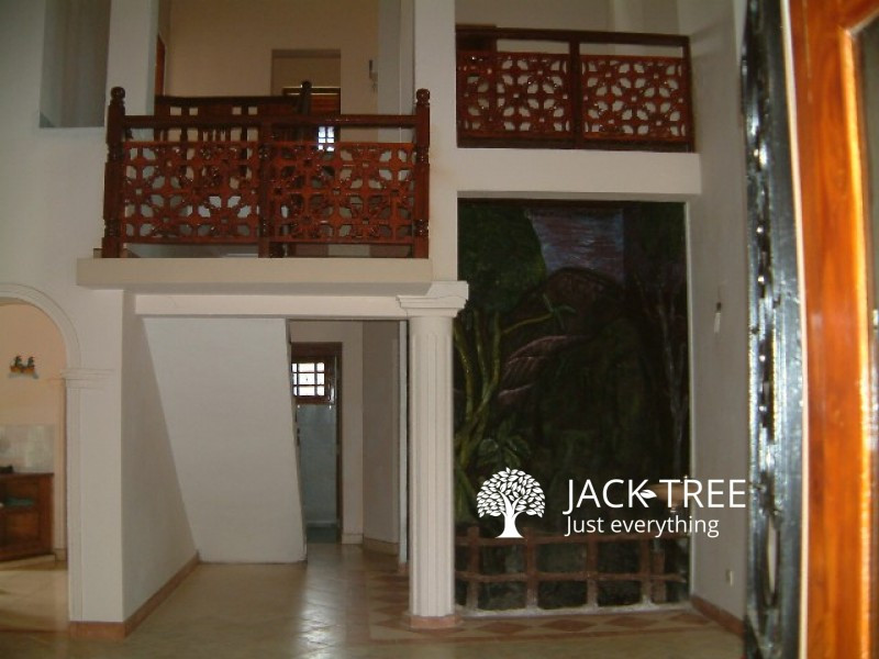 upstair-house-in-negombo-town-for-rent-big-1