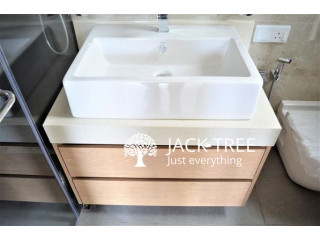 Modern washroom vanities