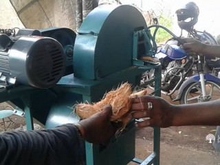 Coconut Husk Cutting Machine