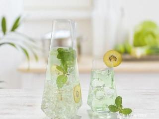Crystal Highball Glass.
