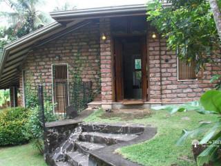 Holiday Homes and Eco Retreats