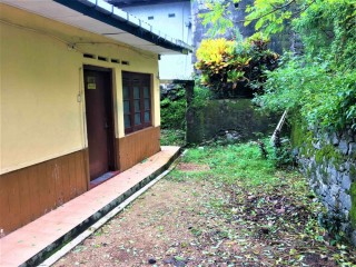 3 Bedroom (non-tiled) Annex for Rent in IDH Road, Kolonnawa (near Mangalapaya)