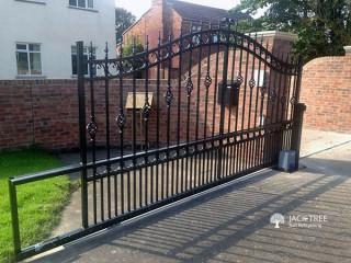 Gates (Iron / Stainless Steel)